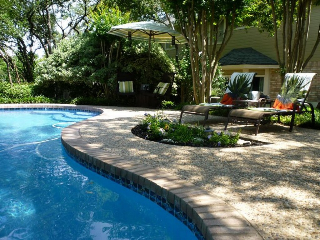 residential pool maintenance repairs no green pools